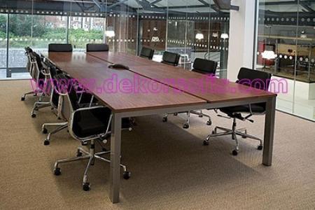 TPM 2000 Toplantı Masası