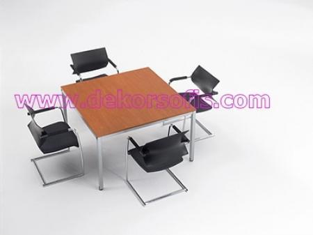 TPM 2067 Toplantı Masası